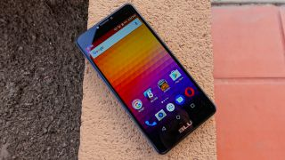 Flash sale: Blu R1 Plus is $109 for the next 24 hours
